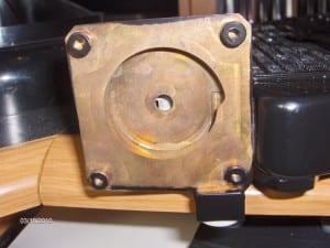 MCR220 drive pump inlet