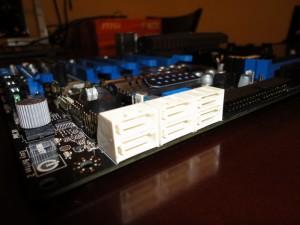 890FXA-GD70 SATA 6GB/s Ports