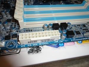24-Pin ATX Connector