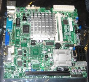 Super Micro X7SPA-H-D525