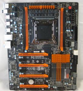 Gigabyte X79 UD7 (Front)