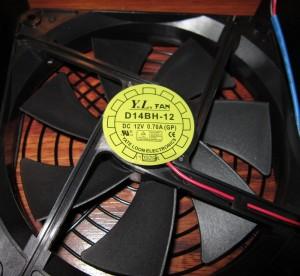 ZT750's fan, a Yate Loon 140mm