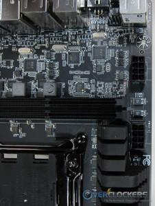 VLI controller (USB hub), Marvell Controller (SATA), Chil chip (digital power)