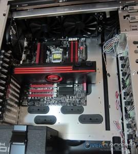 AMD HD 6990 Installed
