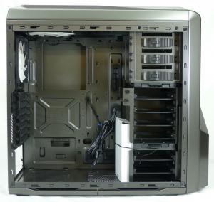NZXT Phantom 410 case open
