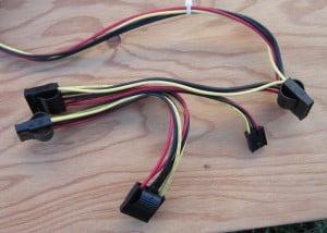 Molex and FDD cable.