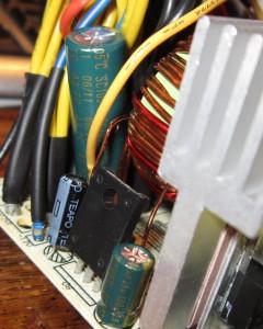 Teapo 105c cap, leaning due to broken solder.