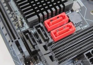 Internal Storage Connectors