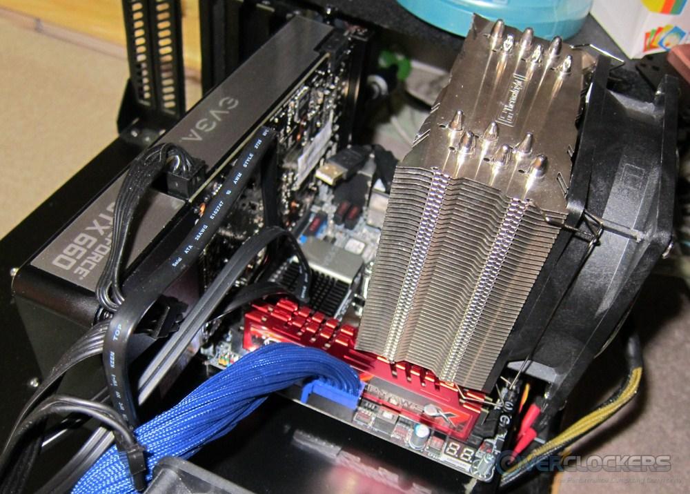 evga-z77-stinger-build1-09.jpg