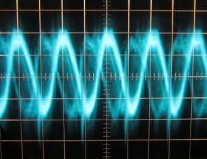 12 V Ripple, hot, full load, scope @ 5 µs / 10 mV, ~62 mV of ripple