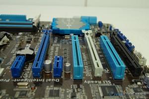 PCIe/PCI Slots