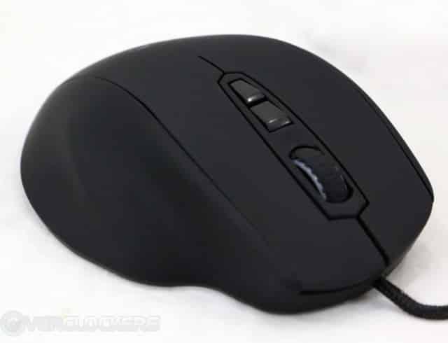The Mionix Naos 7000