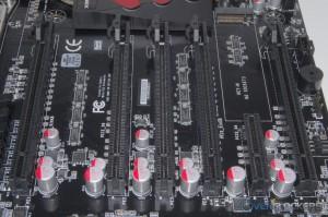 PCI-E Expansion Slots