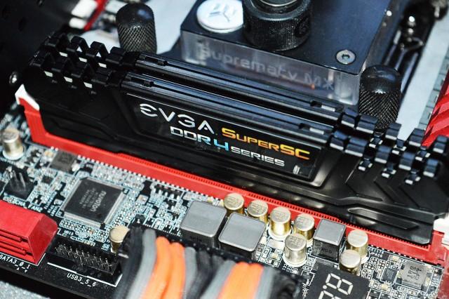 EVGA SSC 16GB DDR4-2800