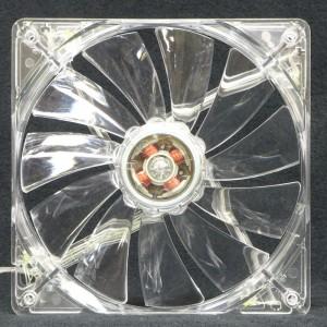 Lian Li 140 mm case fan