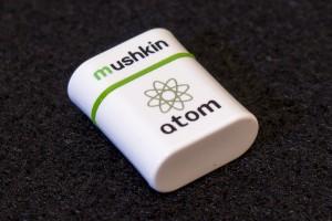 atom - Front