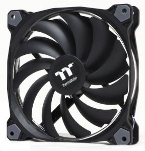 Thermaltake Riing 14 Premium Fans