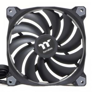 Thermaltake Riing 14 Premium Fans Intake