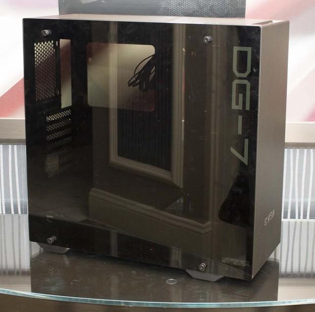 EVGA DG-7 Mid-Tower Case
