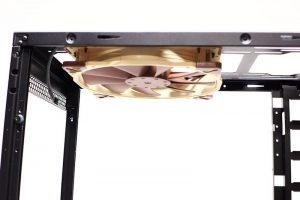 200x30 mm Fan Side View -- Dark Base 900 Pro