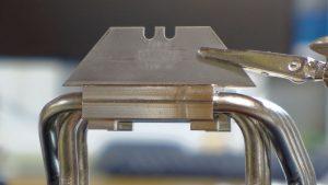 Riing Silent 12 Pro Razor Blade Flat Across Airflow