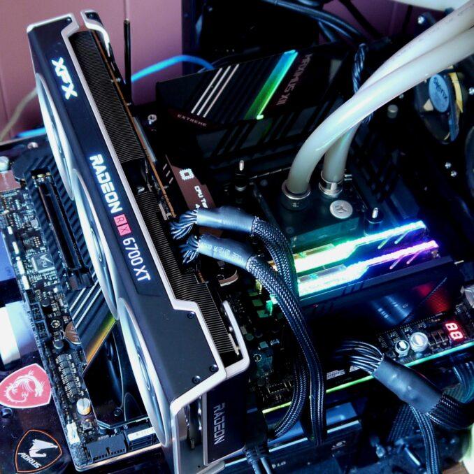 XFX MERC319 BLACK RX 6700 XT Review Test Bench
